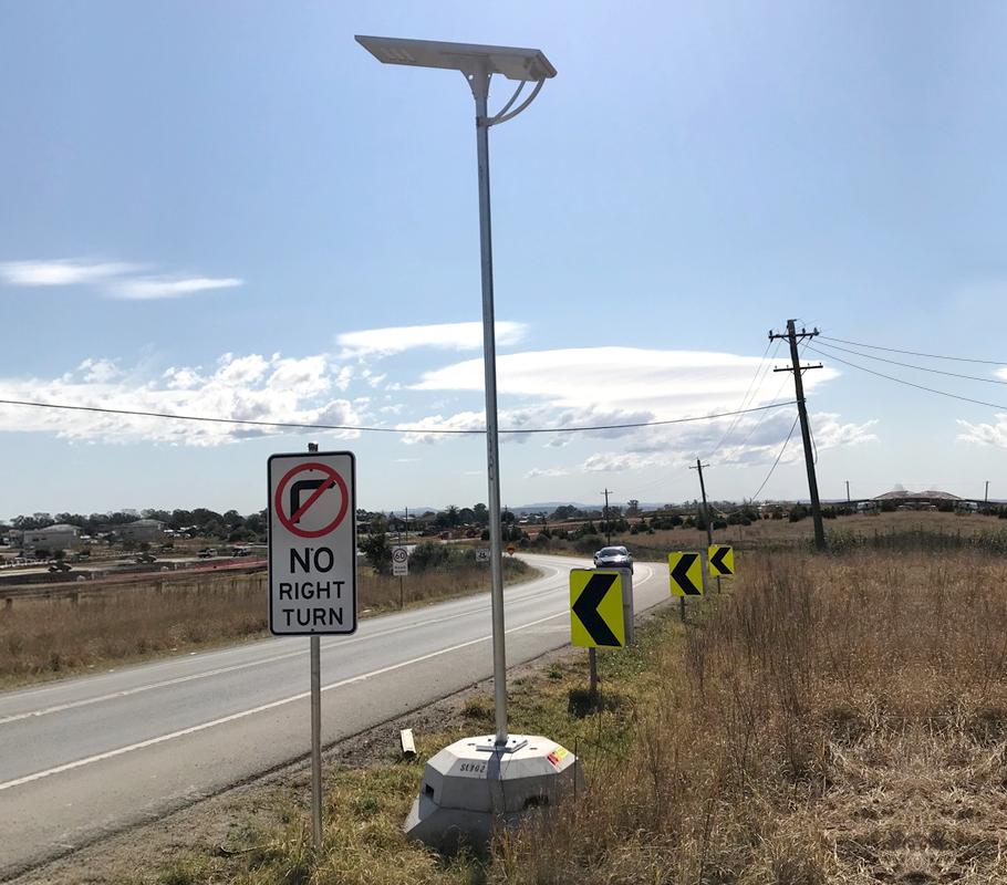 100W Ultra - Hinged Pole