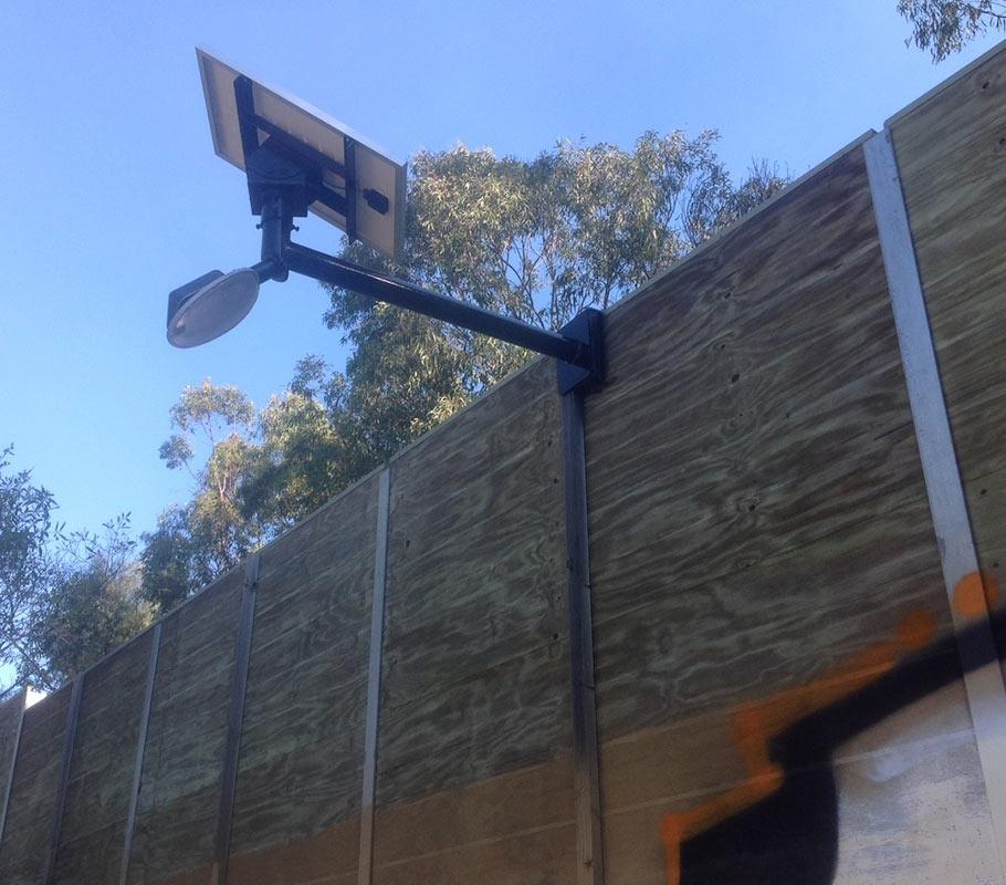30 Watt Delta Wall Bracket Light